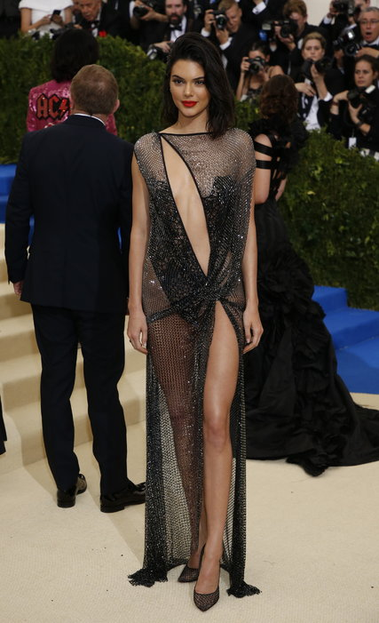 Jenner in La Perla Couture
